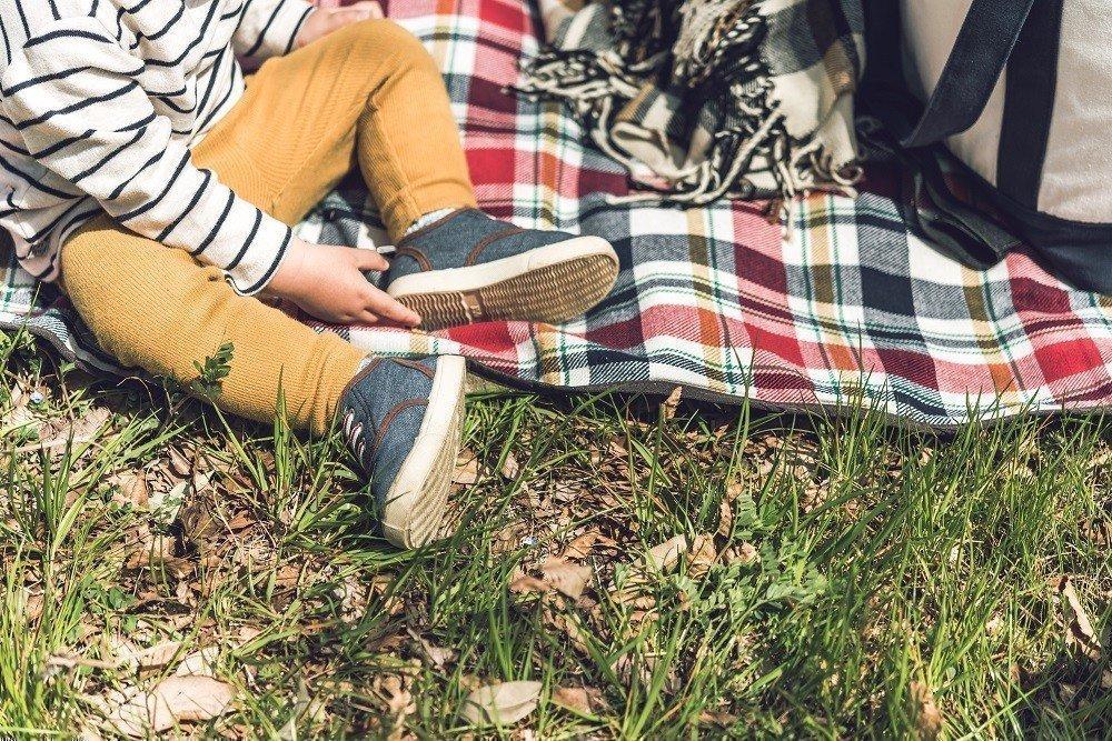 子どもの靴のサイズってどれがいい?0歳~3歳の子どもに合わせた靴選びのポイントと人気の子ども靴を紹介!の画像
