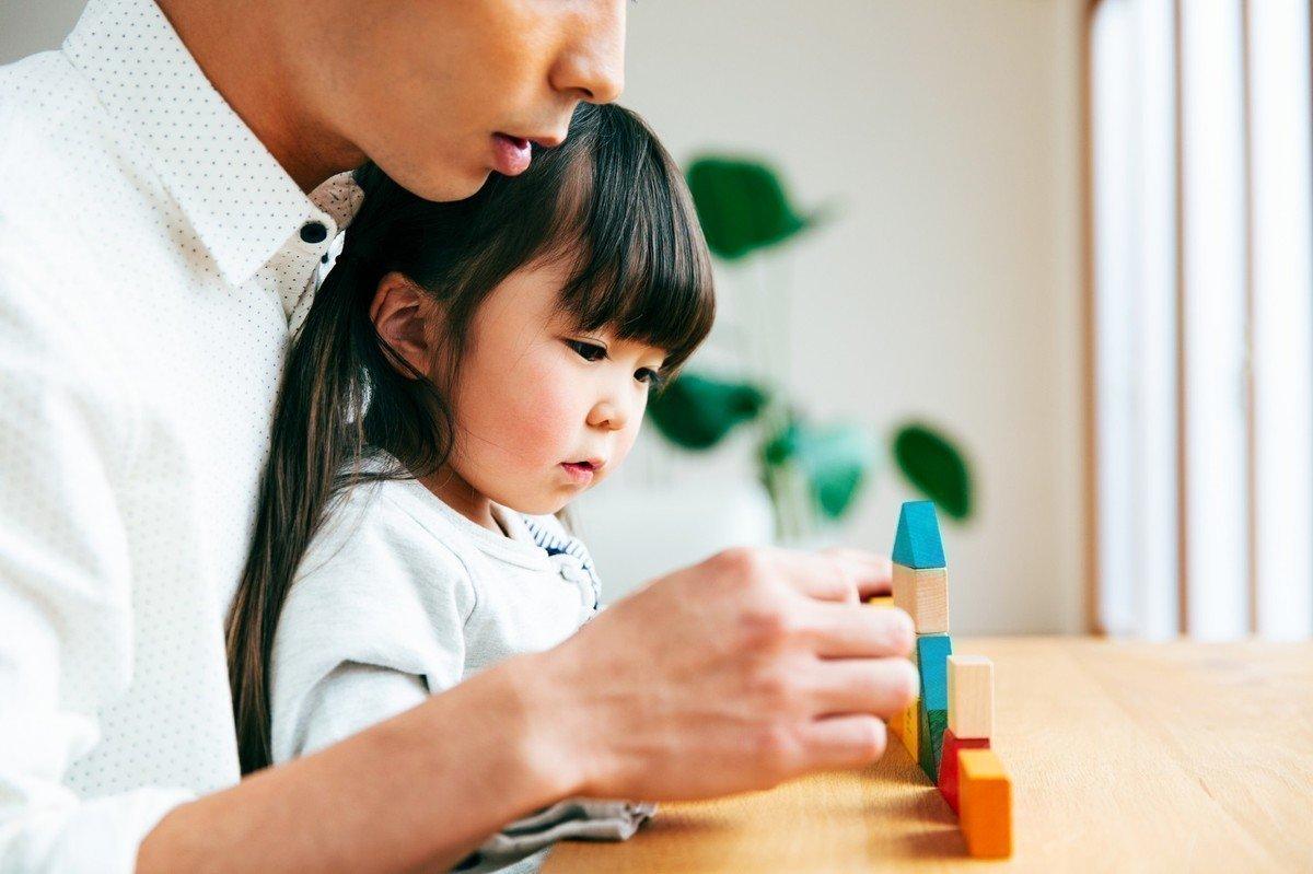 年齢別・種類別!乳幼児にオススメの知育玩具やアプリをご紹介!の画像