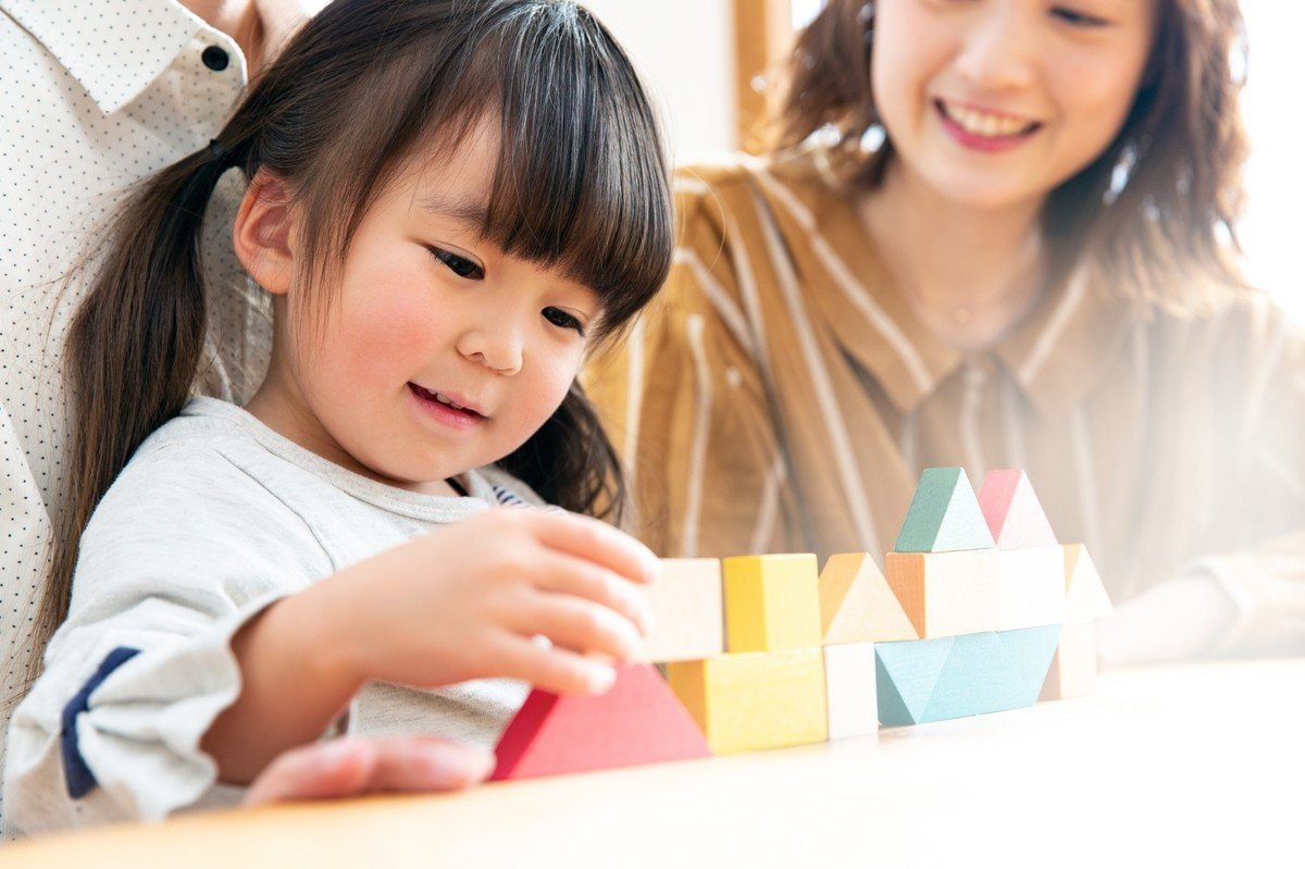 年齢別のおすすめ知育玩具を一挙紹介!~0歳から小学生まで~の画像